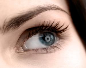 Implant des sourcils