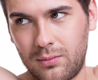 modele de barbe modele de coiffure barbe courte avec moustaches blondes coiffure cheveux courts. Black Bedroom Furniture Sets. Home Design Ideas